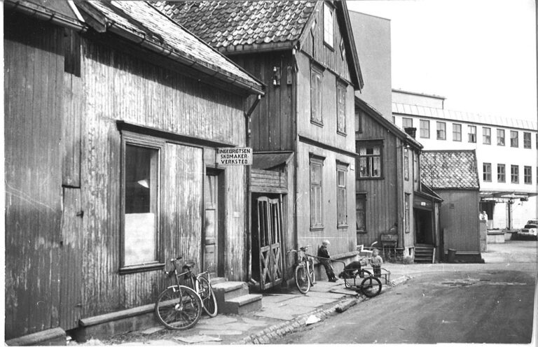 Strandgata 14 og 16, Tromsø ca. 1960