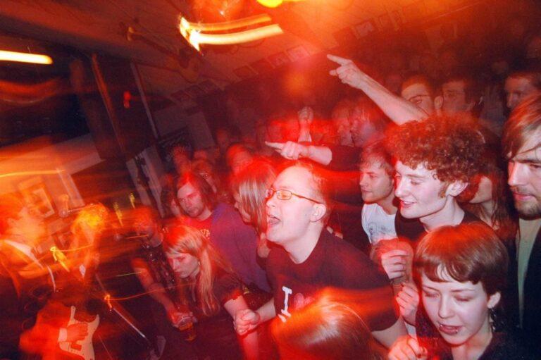 Publikum på Rockfest på Blå Rock i Tromsø 2008